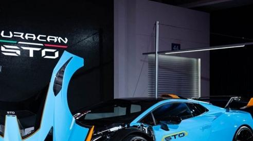 Lamborghini Huracan STO được ra mắt tại Thái Lan, giá gần 1 triệu USD