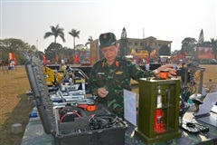 Anh Thanh 'Army Games'