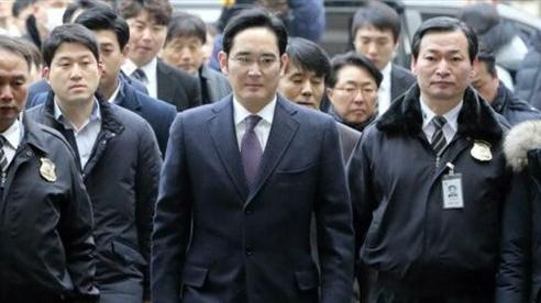 Án tù cho 'Thái tử' Lee Jae-yong ảnh hưởng thế nào đến Samsung?