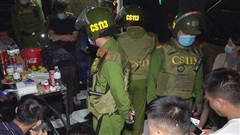 Đột kích quán karaoke ở An Giang, phát hiện 14 nam nữ chơi ma tuý