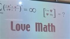 Giáo viên yêu cầu tìm ra kết quả cho ẩn số trái tim, học trò 'vắt não' suy nghĩ, ai ngờ ngụ ý lại cao siêu thế này!