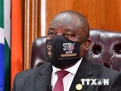 Bộ trưởng phụ trách Văn phòng Tổng thống Nam Phi qua đời do COVID-19