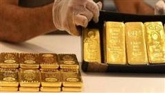 Giá vàng trong nước tăng mạnh, đắt hơn thế giới gần 5 triệu đồng/lượng