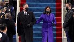 Ý nghĩa đặc biệt bộ trang phục tím của nữ Phó Tổng thống Mỹ Kamala Harris tại lễ nhậm chức