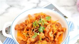 Thịt chiên sốt chua ngọt thơm ngon, cả nhà ăn không dừng đũa