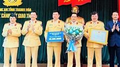 Phòng CSGT Thanh Hóa được thưởng 'nóng' 50 triệu đồng