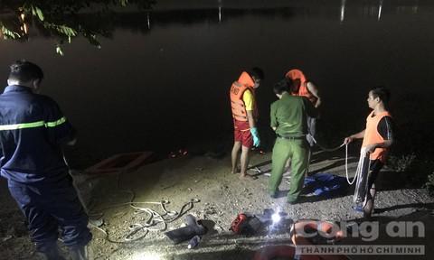 Người đàn ông chết dưới hồ 'tử thần', phần bụng bị cột một cục đá