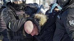 Nga bắt giữ hơn 230 người tuần hành trái phép ủng hộ nhân vật đối lập Navalny