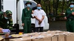Bắt đối tượng vận chuyển gần 7.000 bao thuốc lá ngoại