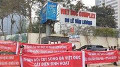 Chung cư Việt Đức Complex: Cắt điện ép dân ký nhận bàn giao để trốn tiền phạt?