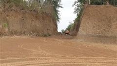 Loạn khai thác đất, đá