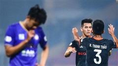 Mạnh 'gắt' tái xuất, Hà Nội FC thua đau trên sân nhà
