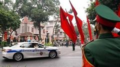Cận cảnh: Dẫn đoàn đại biểu dự Đại hội XIII