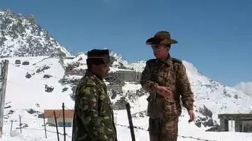 Đụng độ lớn giữa binh lính Trung Quốc và Ấn Độ