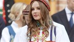 Nữ hoàng tương lai của Na Uy 'gây sốt' MXH với vẻ ngoài xinh đẹp cùng khí chất khó ai bì kịp khi bước sang tuổi 17