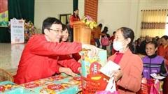 Chợ Tết '0 đồng' cho người nghèo tại Ninh Bình