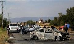 Mexico phát hiện 19 thi thể bị thiêu trong 2 ô tô gần biên giới Mỹ