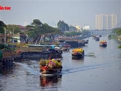 TP.HCM: Đặc sắc ở Chợ Hoa Xuân 'Trên bến dưới thuyền' năm 2021