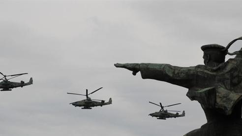 Hàng nghìn km Biển Đen bị phong tỏa: Nga tập trận...