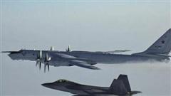 Quân đội Mỹ phát hiện biên đội máy bay săn ngầm Tu-142 của Nga