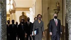 Hạ viện Mỹ chuyển cáo buộc luận tội ông Trump lên Thượng viện