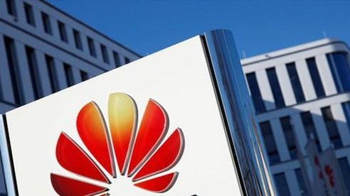 Huawei đang đàm phán để bán mảng smartphone cao cấp?