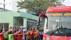 TP.HCM: Tặng hơn 800 vé tàu, xe và máy bay cho công nhân về quê đón Tết