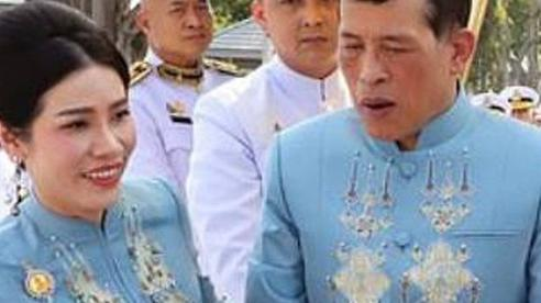 Quyết định bất ngờ của Vua Thái Lan: Phong Hoàng quý phi thành Hoàng hậu