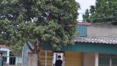 Cảnh người dân thành phố Chí Linh đóng cửa ở nhà 'nghỉ tới hết Tết Nguyên đán' khi thực hiện giãn cách