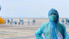 Thông tin về ê-kíp 'Chiều cuối năm' tác nghiệp tại sân bay Vân Đồn, Quảng Ninh