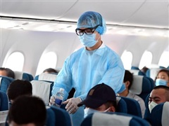 Vietnam Airlines nâng mức độ phòng dịch COVID-19 trên toàn mạng bay