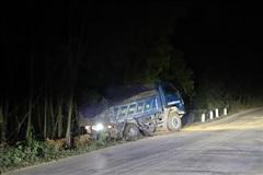 Bình Định: Bắt quả tang 'đất tặc' lộng hành trong đêm