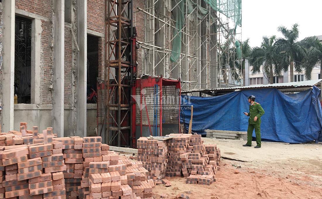 Rơi thang máy ở Nghệ An, 3 người chết
