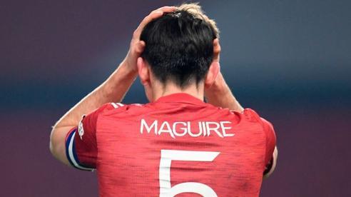 Man United tan vỡ trước vũ khí 'lạ' của Pep; Messi 3 lần tỏa sáng giúp Barca vượt ải khó