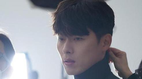 Động thái đầu tiên của Hyun Bin sau khi công khai hẹn hò Son Ye Jin có gì mà nhận được vô số bình luận?