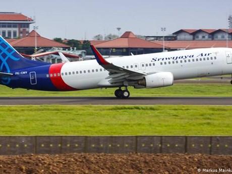 NÓNG: Máy bay Boeing 737-500 của hãng hàng không Indonesia mất tích
