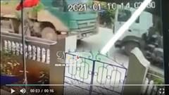 Clip: Kinh hoàng cảnh xe đầu kéo đấu đầu xe ben ở Ninh Bình