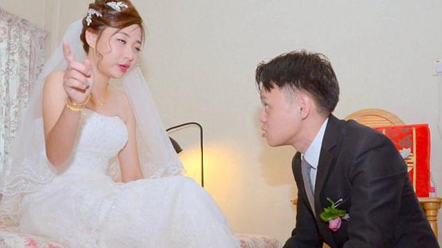 Đám cưới cười ra nước mắt: Cô dâu quá chén, đứng giữa nhà trai đòi 'lập lại trật tự gia đình' và cái kết không thể ngờ sau đó
