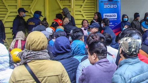 Báo Thái ngưỡng mộ cảnh NHM Việt Nam nô nức đi xem Siêu Cúp Quốc gia