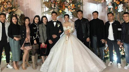 Đám cưới Bùi Tiến Dũng đón ca sĩ đặc biệt, hội tụ dàn siêu sao bóng đá Việt Nam
