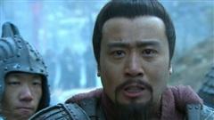 Bị Lã Bố lật lọng cướp trắng Từ Châu, tại sao khi đó Lưu Bị lại lập tức đầu hàng, đi theo kẻ vừa 'cắn' mình?