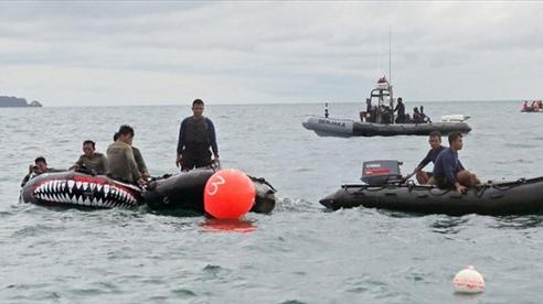 Vụ máy bay Indonesia gặp nạn trên biển: Tìm thấy hộp đen đầu tiên