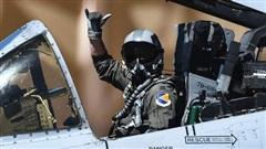Điều gì sẽ xảy ra nếu phi công tiêm kích bỏ mặt nạ khi bay