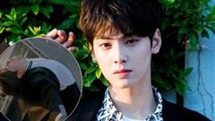 Cha Eun Woo bị xe đâm mà bay như chim ở True Beauty, netizen cười ngất: 'Chờ anh đáp đất em ngủ được một giấc'