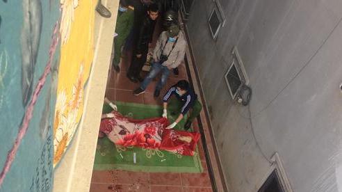 Trèo lên mái nhà quay clip đăng TikTok, nam thanh niên ở Sa Pa ngã xuống đất tử vong