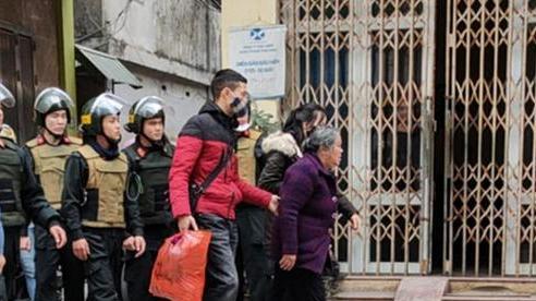 Thái Bình: Bắt giữ bà 'trùm' 75 tuổi mới ra tù, cầm đầu đường dây buôn bán ma tuý toàn con cháu trong nhà