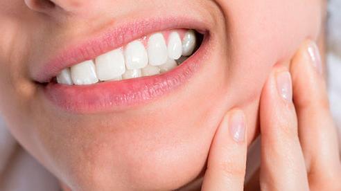 Tưởng chỉ bị đau răng thông thường, cô gái 28 tuổi 'tá hỏa' phát hiện mình mắc ung thư hiếm gặp: Bất kỳ ai cũng không được phép chủ quan!
