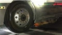 ĐỪNG LỠ ngày 18/1: KINH HOÀNG - Xe container kéo lê thi thể nạn nhân gần 60km; Công an thông tin vụ việc thai nhi cạnh thùng rác ở Hà Nội
