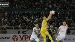 Sau cơn sốt khiến cả FIFA và AFC ngưỡng mộ, bóng đá Việt có thêm hình ảnh đầy ấn tượng