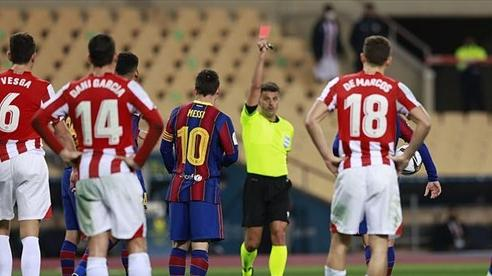 Xem pha đánh nguội khiến Messi ăn thẻ đỏ